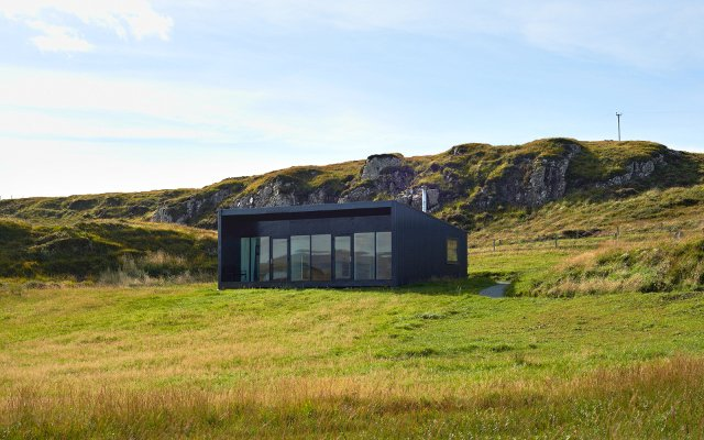 An Airigh, a luxury self-catering retreat for two on the Isle of Skye